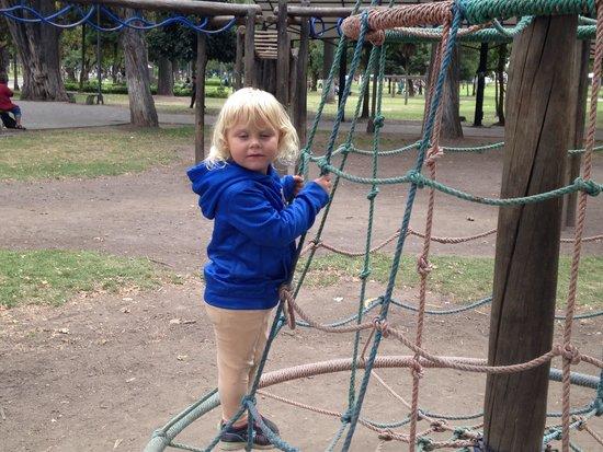 Parque El Ejido: Spinning ride