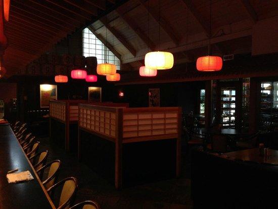 Mikado Hotel: Mikado Restaurant-2