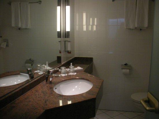 Silva Hotel Spa - Balmoral : salle de bain