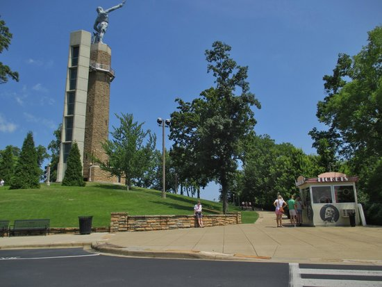 Vulcan Park and Museum: View from parking lot