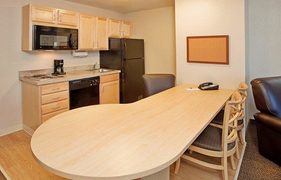 Candlewood Suites Junction City - Ft. Riley: One Bedroom King Suite