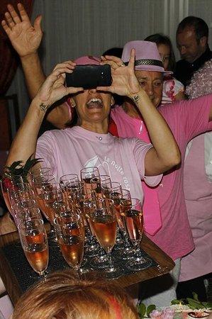 Hotel Tilly: selfie?