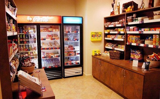 Candlewood Suites Fargo: Candlewood Cupboard