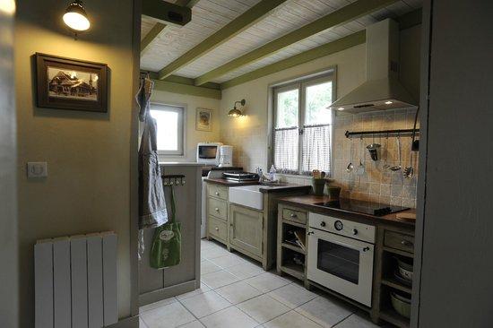 Le Clos des Hautes Loges près d'Etretat : cuisine du gîte