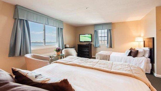 The Inn at Scituate Harbor: Other Hotel Services/Amenities