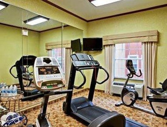 Hawthorn Suites by Wyndham Corpus Christi Padre IS : Fitness Center