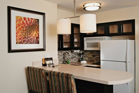 Staybridge Suites Dallas-Las Colinas Area: New Ktichen in One Bedroom Suite
