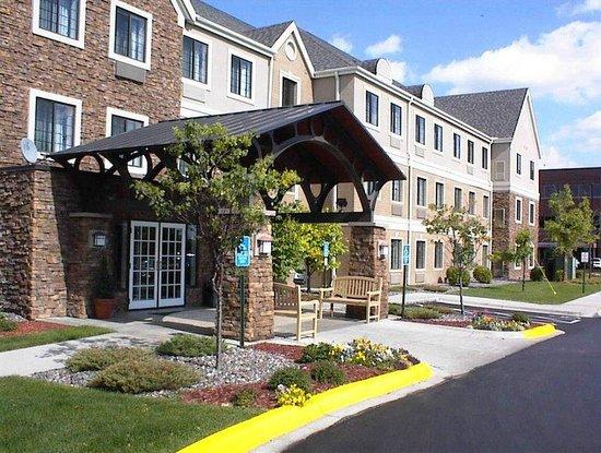 Staybridge Suites Minneapolis Maple Grove: Staybridge Suites Maple Grove