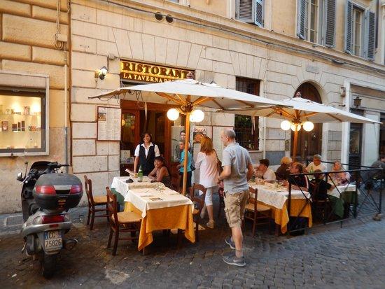 Hotel Artorius: One of the local Restaurants