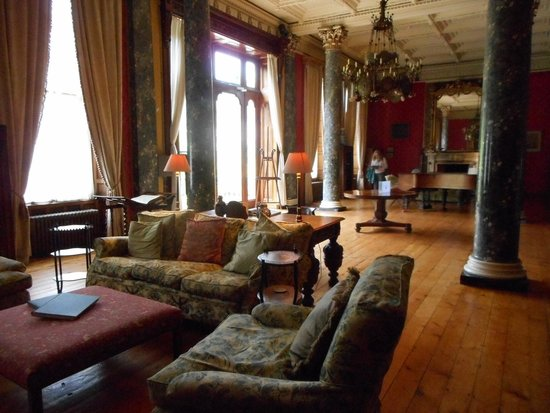Bantry House & Garden: Bantry House - Library with a view for sure