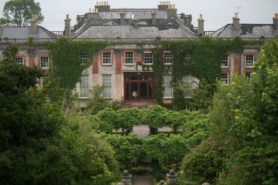 Bantry House & Garden: Bantry House from the '100 steps'