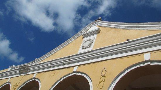 Las Bóvedas : escudo de España