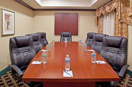 Staybridge Suites Columbus Airport: Boardroom