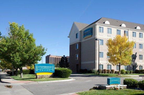 Staybridge Suites Denver-Cherry Creek : Entrance