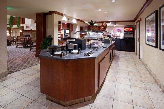 Staybridge Suites Denver-Cherry Creek : Breakfast Bar