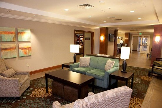 Staybridge Suites Atlanta Buckhead: Entrance