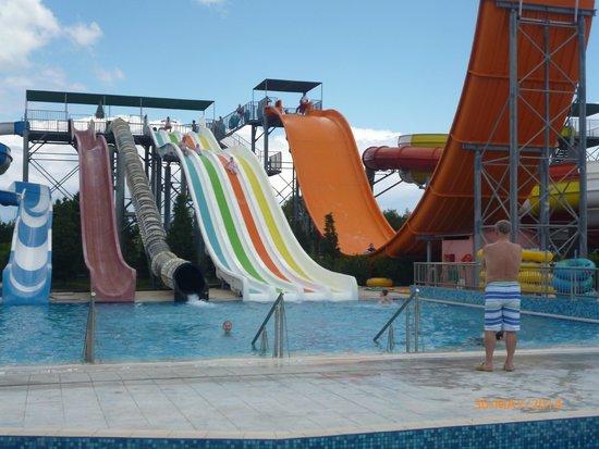 Carreta Beach Holiday Village: waterpark