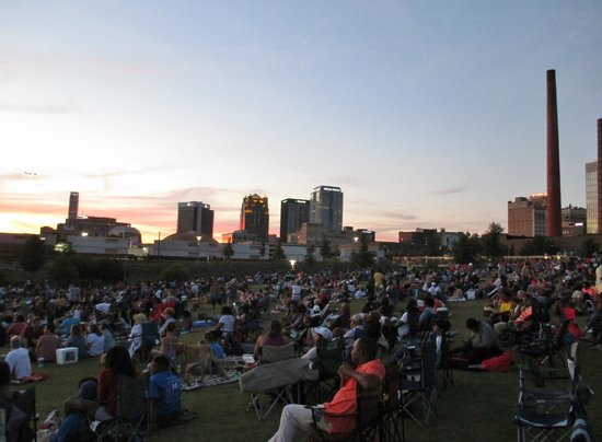 Birmingham's Railroad Park: nice sunset with downtown Birmingham