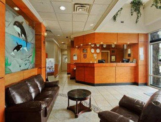 Days Inn - Vancouver Airport: Lobby