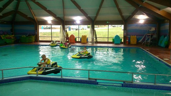 Allhallows Holiday Park - Haven: Indoor Pool (aqua gliders)