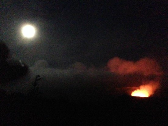 Nui Pohaku Big Island Adventure Tours: Night on Kilauea