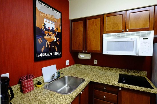 Residence Inn by Marriott Miami Aventura Mall: kitchen