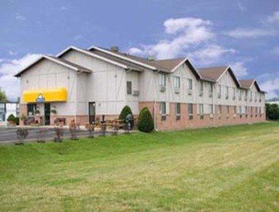 Days Inn Wallaceburg: Exterior