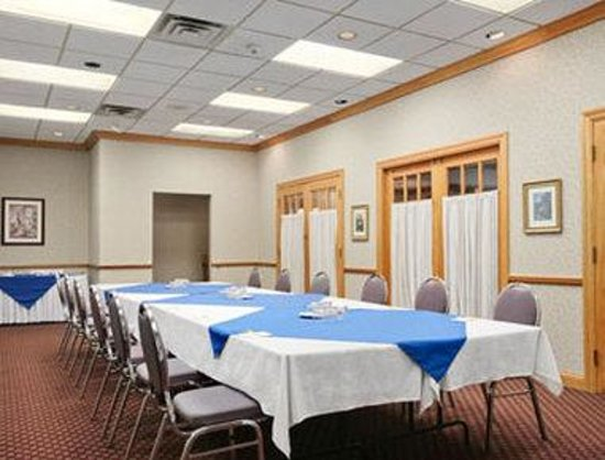 Quality Inn Owen Sound: Conference Space