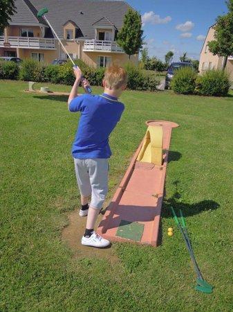 Residence Goelia Les Portes d'Honfleur : Super le mini-golf