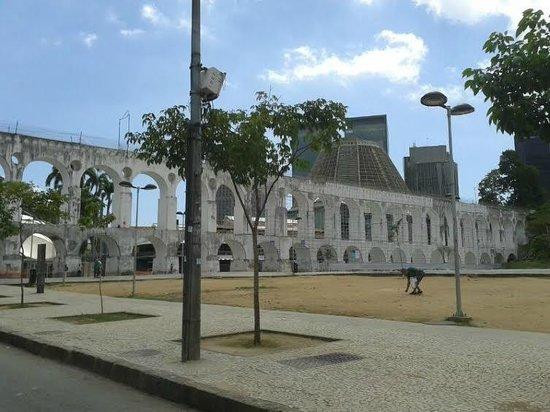 Arcos Da Lapa : Muita história .