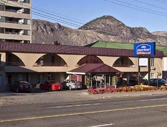 Howard Johnson Downtown Kamloops: Exterior