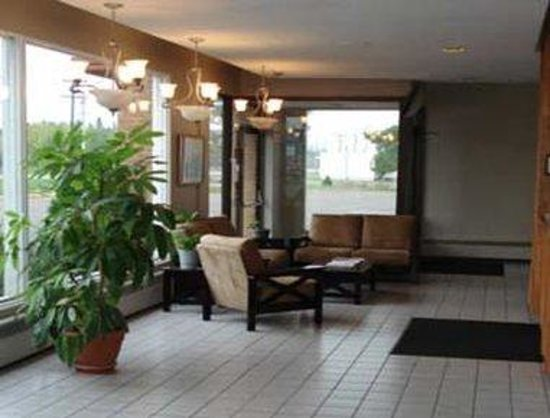 Howard Johnson Inn Sault Ste Marie ON: Lobby