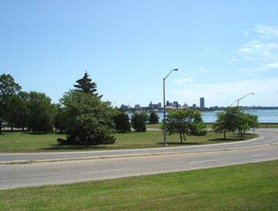 Howard Johnson Inn Fort Erie: Park