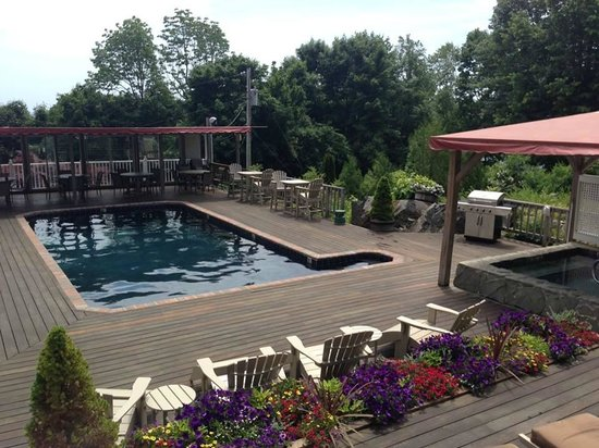 2 Village Square Inn Ogunquit : Piscine