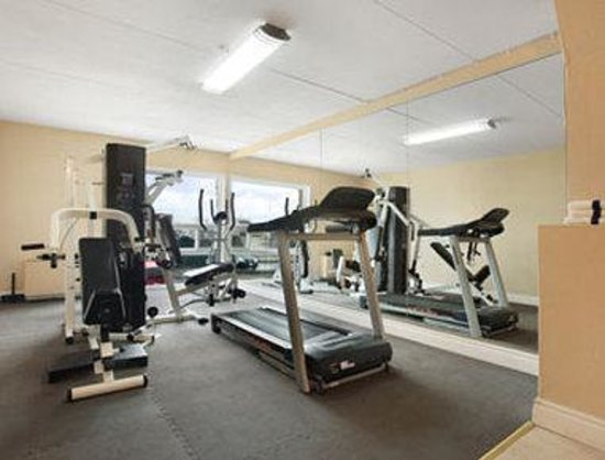 Super 8 Cambridge/Kitchener/Waterloo Area: Fitness Centre