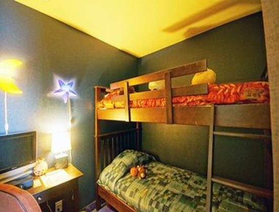Super 8 Quebec City: Kids Room