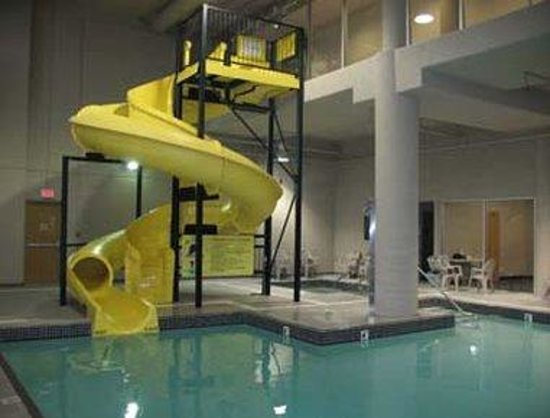Indoor pool and hot tub with a slide  Indoor Pool/Waterslide and Hot Tub - Picture of Super 8 Abbotsford ...