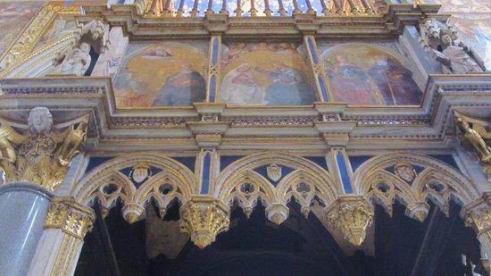 Arcibasilica di San Giovanni in Laterano: dettaglio
