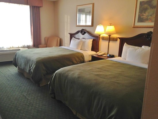 Country Inn & Suites By Carlson, Indianapolis Airport South: Comfy beds