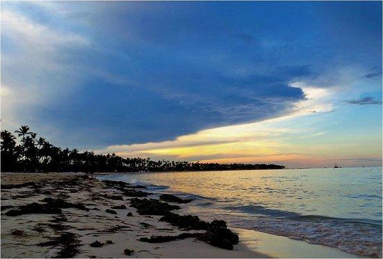 Barcelo Bavaro Palace: sunset on the beach