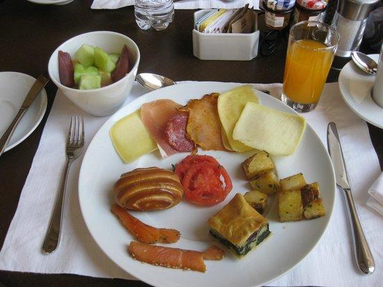 Palacio del Inka, A Luxury Collection Hotel, Cusco: Breakfast Plate