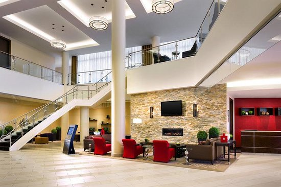 Four Points by Sheraton London: Lobby