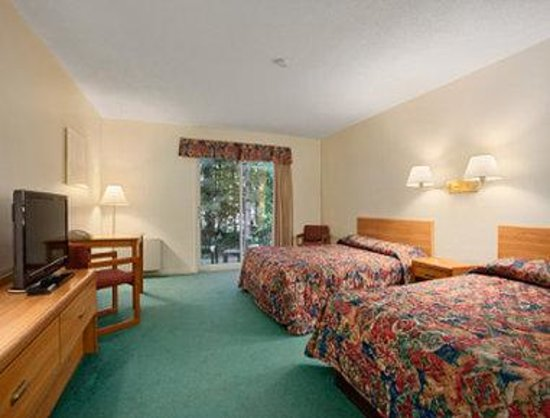 Travelodge Bracebridge: Guest Room