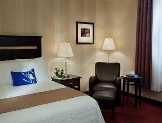 Travelodge Hotel Pembroke: Guest Room