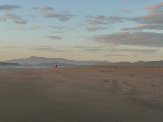Rancho Esperanza: Empty beaches with fantastic views of Volcano Cosiguina and Padre Ramos Estuary