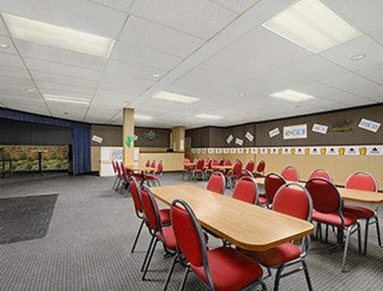 Brunswick Hotel Complex: Meeting Room - Mustangs