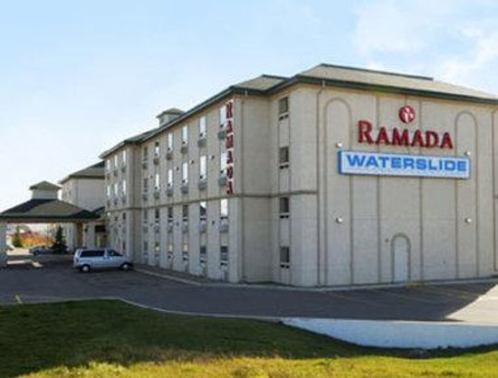 Welcome to the Ramada Red Deer Hotel and Suites