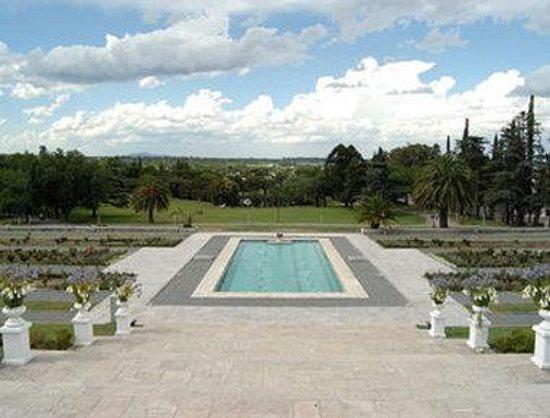 Howard Johnson Sierras Hotel and Casino: Garden View
