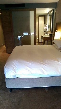 Pan Pacific Melbourne: Very comfortable bed
