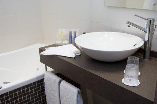 Martin's Brussels EU: Bathroom